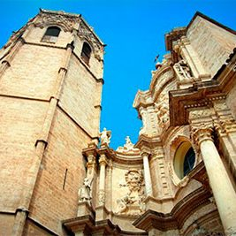 things to do in valencia-cathedral