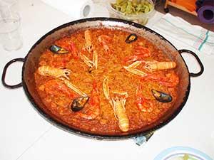 spanish-cuisine-fideua-valencia